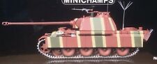 Minichamps 350019002,Sd.Kfz. 171 PzKpfw V Panther Ausf.G Command Tank,1945, 1:35