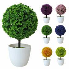 Fiori secchi e piante finte albero per la decorazione della casa
