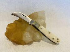 Mini couteau de poche 8,5 cm Serpette avec son manche en matière naturelle