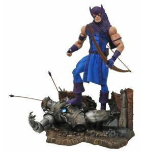 Diamond Marvel Select figurine Classic Hawkeye