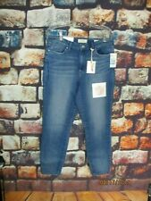 JESSICA SIMPSON NWT ADORED HIGH RISE ANKLE  SIZE 31 JEANS