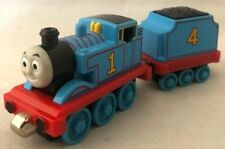 Thomas and Friends Train Take Along Die-Cast Metal Thomas with Tinder