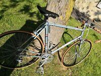 vélo de course vintage  cadre Columbus Italiencampagnolo old bike