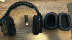 Logitech 981-000742 G935 Wireless 7.1 Surround Sound Gaming Headset Black/Blue 4