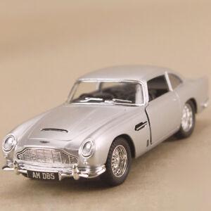 1963 Aston Martin DB5 Silver 1:38 12.5cm Die Cast Pull Back James Bond Model Car