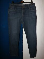 MARKS AND SPENCER SIZE 12 STRAIGHT 29 INCH LEG ZIP FLY BLUE JEANS
