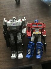Transformers Seige War For Cybertron - OPTIMUS PRIME And MEGATRON LOT OF 2