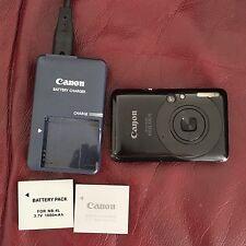 CANON Ixus 100 IS 12 Mp avec son chargeur, 2 batteries et une carte SD.