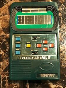 Mattel classic football 2 electronic game 2002 (working unknown)