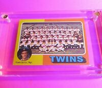 1975 Topps #443 Minnesota Twins Team CL/ Frank Quilici Mgr MINT High Grade