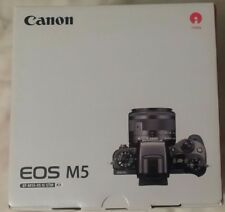 Canon EOS M5 with 15-45mm Lens