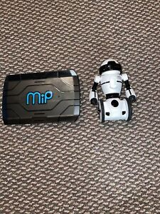 WowWee Mip Robot WHITE Interactive Model Number 0820