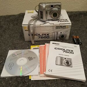 BRAND NEW Nikon CoolPix 7600 7MP 3x Optical Zoom Nikkor ED Lens with D-Lighting