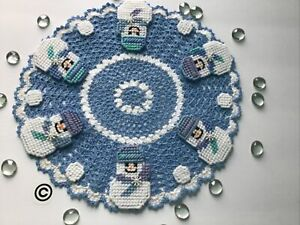 """Brand New Hand Crocheted Snowmen, Snowballs And Snowflakes 13"""" Doily"""