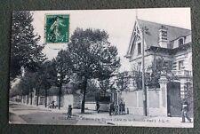 CPA. VILLEJUIF. 94 - Avenue des Ecoles. Côté de la Grande Rue. 1909