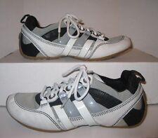 Boys Jr. Tsubo Tennis Shoes Size 6 Black White Gray