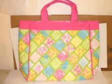 ONE NEW  LILLY PULITZER MEDIUM TOTE  BAG WITH SNAP