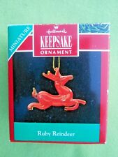 HALLMARK 1990 Ruby Reindeer BLOWN GLASS MINIATURE Christmas ORNAMENT-VGC+pt