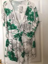 BRAND NEW YOURS CLOTHING White And Green Floral Top SIZE 22/24