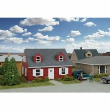 Walthers Cornerstone 933-3839 - Cape Cod House Kit   - N Scale