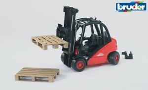 Linde Forklift With Pallets - Bruder 02511 Scale 1:16 NEW