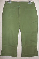 "EXCELLENT WOMENS WOOLRICH ""EUCALYPTUS GREEN CAPRIS / CROPPED PANTS   SIZE 6"