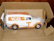 Tennessee Volunteer Vols #12 Ertl 1936 Ford Panel Van Die Cast Bank 1/25 - NIB