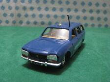 Vintage  -  PEUGEOT 504 2000cc. break Gendarmerie  -  1/43 Solido n°23