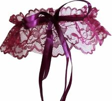 Accessoires mariage lingerie: Jarretière en dentelle violette noeuds rubans