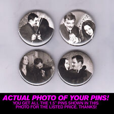 """GOMEZ & MORTICIA ADDAMS - 1.5"""" PINS / BUTTONS (family vintage horror tv movie)"""