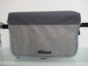 Nikon VAE29001 SLR Kameratasche - CF-EU11 Universaltasche