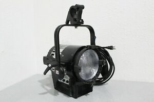 Arri L7-C LED Fresnel Fixture Fully Updated & Tested FREE SHIPPING