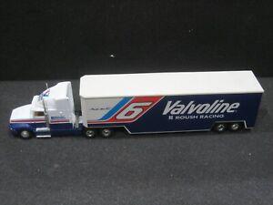 NASCAR MARK MARTIN VALVOLINE HAULER 1:32 SCALE 1992 ROAD CHAMPS