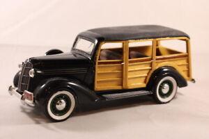 1936 Dodge Liberty Classics 1:24 Scale Model 1995 Spec Cast - Car