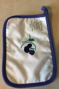 RARE Princess House Orchard Medley PLUMS Embroidered POTHOLDER NEW