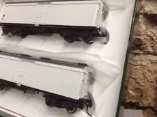 Painted Plastic HO Scale Model Train Carriages