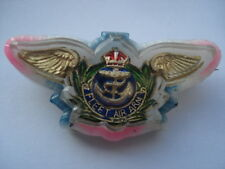 CWW2 VINTAGE R.A.F.FLEET AIR ARM SWEETHEARTS PERSPEX&PLASTIC SWEETHEARTS PIN BRO