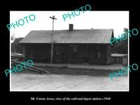 OLD LARGE HISTORIC PHOTO OF MT UNION IOWA, THE RAILROAD DEPOT STATION c1940
