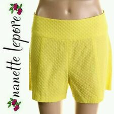 $230 NANETTE LEPORE Yellow Embroidered Textured Flat Front Shorts ~ 2 M3020