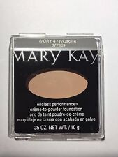 MARY KAY Endless Performance Crème-to-Powder Foundation IVORY 4