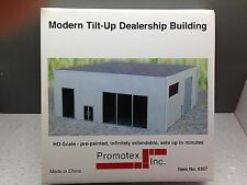 HO 1/87 Promotex # 6327  Modern Dealership Tilt-up Building Kit - Gray