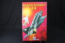 YA024 ESCI 1/48 maquette avion 4092 F4 Black Bunny
