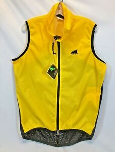Showers Pass Cycling Wind Vest in Yellow - Size Medium