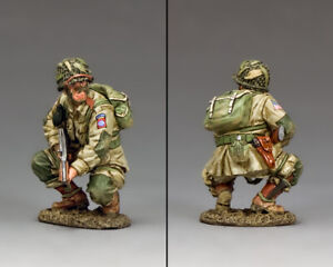 KING & COUNTRY D DAY DD286-1 U.S 82ND AIRBORNE CROUCHING TOMMY GUNNER MIB