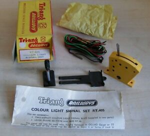 Tri-ang TT & OO - RT405 Pair of Colour Light Signals