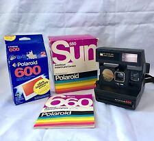 Polaroid Sun 660 Auto Focus Land Camera With (2pack New Polaroid Instant Film)