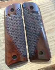 1911 Grips Laser engraved-Scale Texture Pattern  Walnut