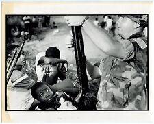 Photo Phillip Jones Griffiths- Invasion de Granada- Operation Urgent Fury- 1983