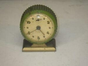 VINTAGE ANTIQUE NEW HAVEN GREEN ALARM CLOCK CLEAN SMALL