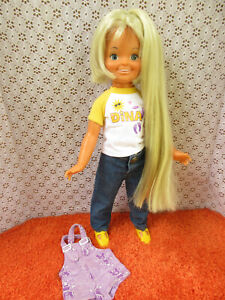 VINTAGE IDEAL GROWING HAIR *DINA* DOLL WITH EXTRA OUTFIT-CRISSY FAMILY